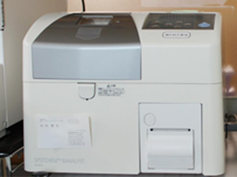 画像:遠心方式臨床化学分析装置